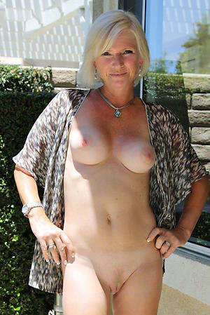 Slutty mature busty babes