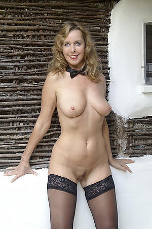 Inexperienced mature babes xxx