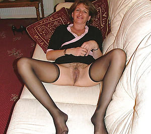 Naughty mature homemade pics