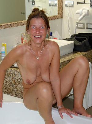 Nude grown-up homemade pics