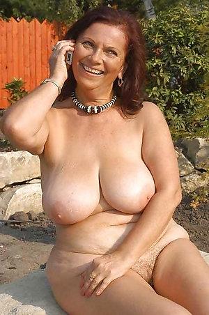 Best huge busty mature pics