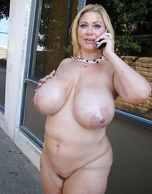 Xxx mature moms big boobs