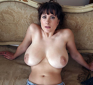 Nude mature ladies big boobs