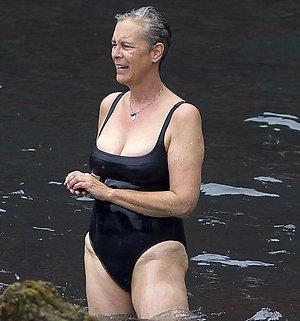 Real amateur mature bikini pic