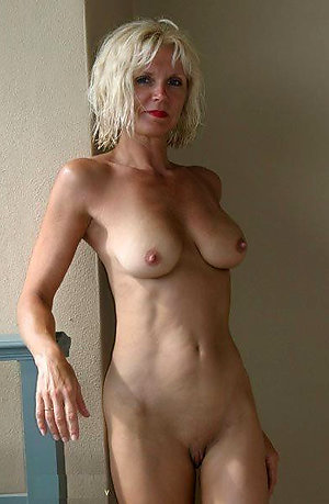 Beautiful naked blonde ladies