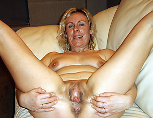 Real blonde older milf pussy pics