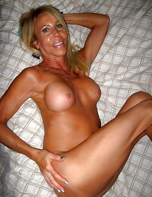 Free old blonde granny amateur pics