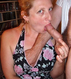 Real homemade mature mom blowjob