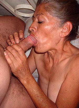 Amazing mature women blowjobs
