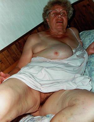 Slutty mature older woman porn pics