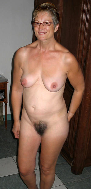 Older mature ladies naked photos