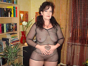 Inexperienced of age whore wed