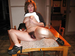 Busty mature housewives nude