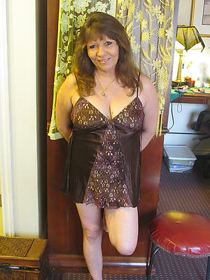 Inexperienced mature housewives cold
