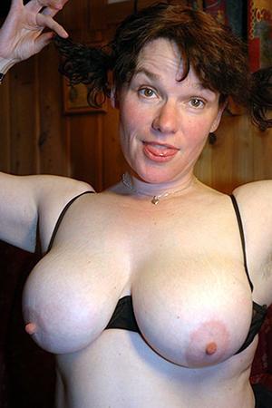 Mature white women porn amateur photos