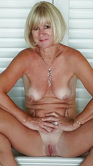 Naked mature ashen women porn