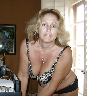 Free mature white women porn