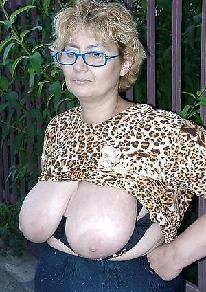 Sexy mature milfs xxx naked photo
