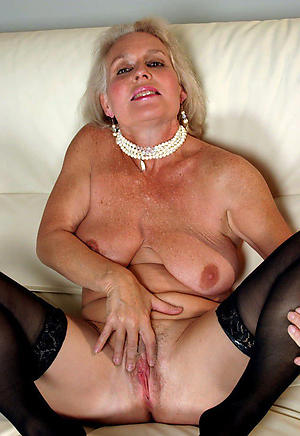 Naked  grown up milf xxx
