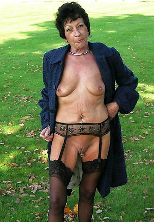 wonderful naked mature private pics