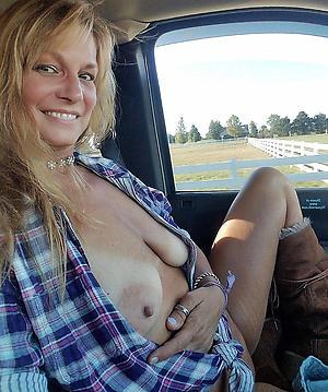 Naked mature car porn photos