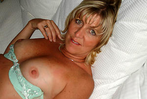 Naked morose mature whore pictures