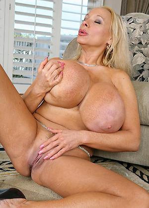 Amateur pics of hot busty mature column