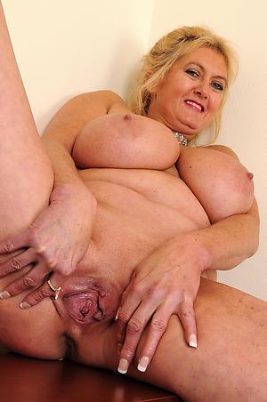 Amazing curvy busty mature