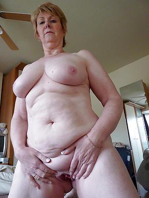 Hot sexy nude grandmas pics
