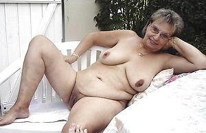 Slutty nude grandma pics