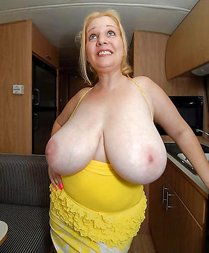 Slutty hot busty mature pictures