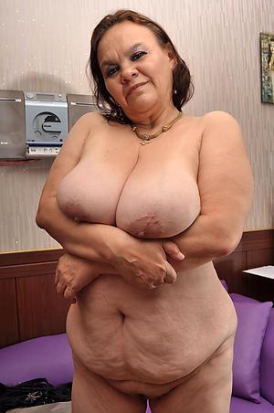 Amazing mature and busty photo