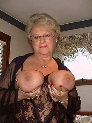 Nude mature added to busty pics
