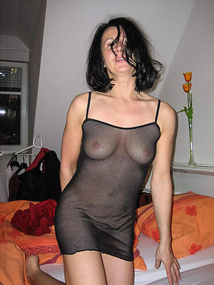 Slutty naked hot housewife pictures
