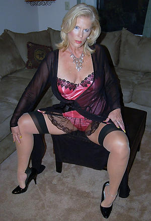 Nude mature whore pictures