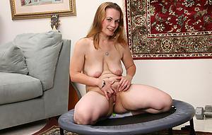 Amateur saggy mature tits amateur pics