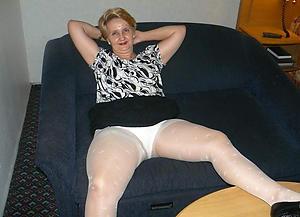 Nude mature pantyhose xxx