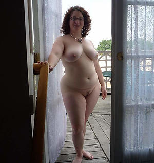 Best outdoor mature pussy