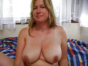 Busty full-grown big knocker pictures