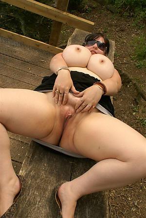 Mature big tit pictures