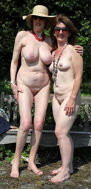Amateur pics of mature lady fucking