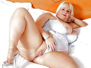 Nude sexy mature lady pics