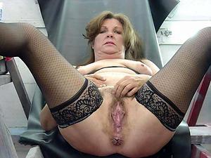 Porn pics of sexy mature cougar