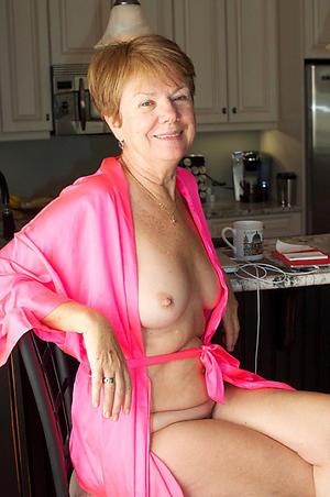 Nude erotic mature pictures