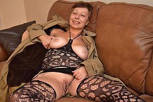 Free erotic mature porn photos