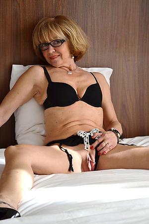 Best mature erotic pictures