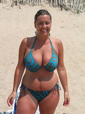 Xxx mature bikini women pics