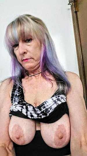 Bring to light mature saggy tit pics