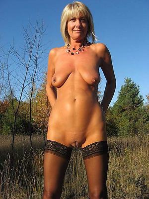 Nude saggy breast mature photos