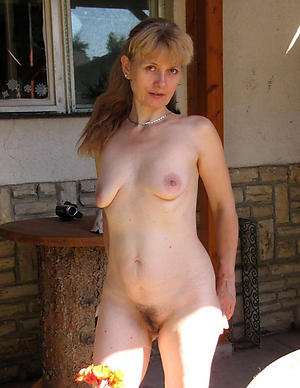 Amazing saggy tits mature unadorned pics